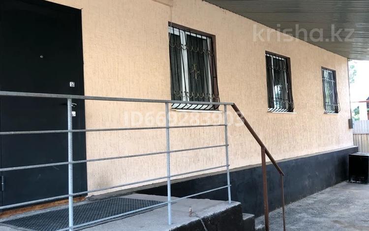 4-комнатный дом, 107 м², 5 сот., Кульджинский тракт за 23.5 млн 〒 в Байтереке (Новоалексеевке)