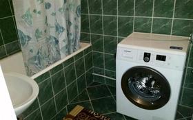 2-комнатная квартира, 60 м², 2 этаж посуточно, Желтоксан 3 за 7 500 〒 в Шымкенте