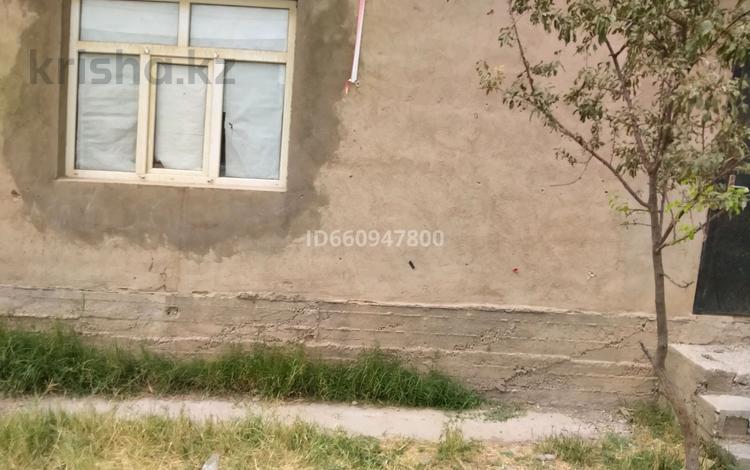 4-комнатный дом, 100 м², 10 сот., мкр Достык 536 за 14.5 млн 〒 в Шымкенте, Каратауский р-н