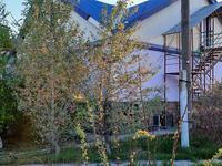 10-комнатный дом, 320 м², 20 сот., ул Саяхат 1/3 за 25 млн 〒 в Семее