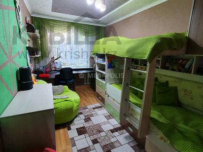 3-комнатная квартира, 60 м², 4/5 этаж, Нуркен абдирова 50/2 за 14.8 млн 〒 в Караганде, Казыбек би р-н — фото 8