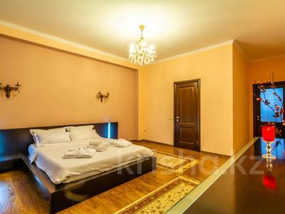 3-комнатная квартира, 170 м², 14/30 этаж помесячно, Аль-Фараби 7 за 600 000 〒 в Алматы — фото 14