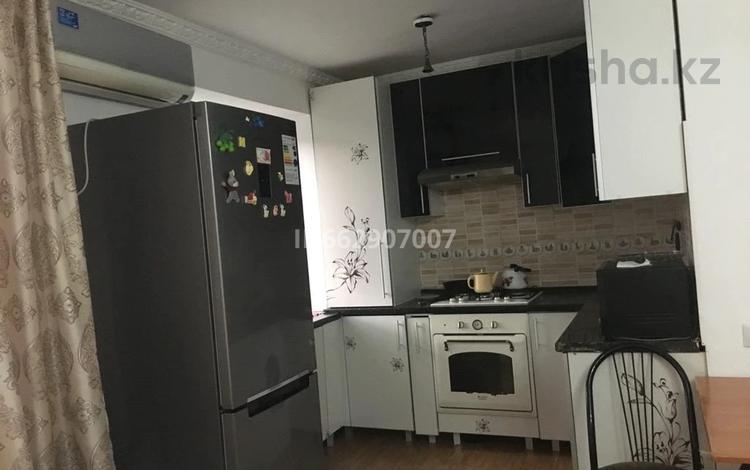 3-комнатная квартира, 53.2 м², 2/5 этаж, Некрасова — Айтеке би за 9 млн 〒 в Актобе, Старый город