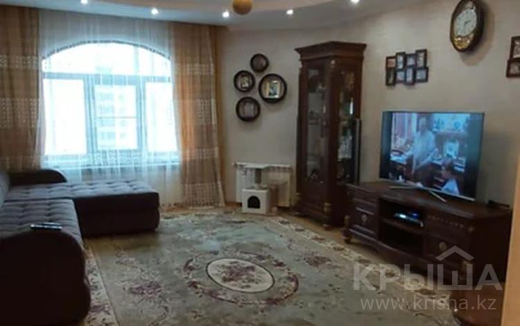 3-комнатная квартира, 116 м², 5/15 этаж, мкр Алмагуль, Ходжанова — Аль-Фараби за 66.5 млн 〒 в Алматы, Бостандыкский р-н