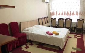 2-комнатная квартира, 49 м², 4/5 этаж посуточно, Привокзальный-5 за 8 000 〒 в Атырау, Привокзальный-5