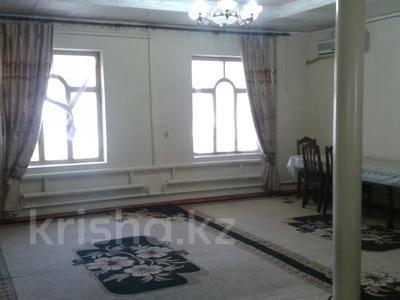 7-комнатный дом, 180 м², 9 сот., Султанова 197 за 35 млн 〒 в Туркестане — фото 12