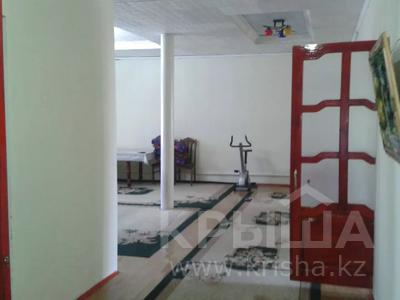 7-комнатный дом, 180 м², 9 сот., Султанова 197 за 35 млн 〒 в Туркестане — фото 22