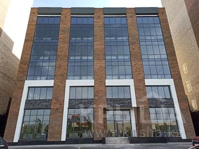 Здание, площадью 2634 м², проспект Туран 42 за ~ 1.2 млрд 〒 в Нур-Султане (Астана), Есиль р-н