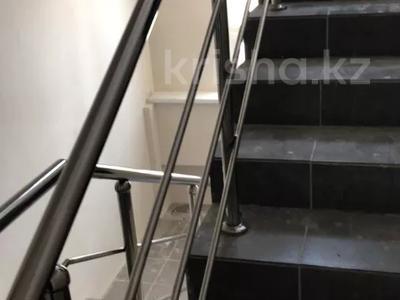 3-комнатная квартира, 98.1 м², 6/10 этаж, мкр Аксай-4 — Саина за ~ 32.4 млн 〒 в Алматы, Ауэзовский р-н — фото 12