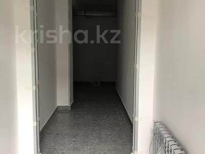 3-комнатная квартира, 98.1 м², 6/10 этаж, мкр Аксай-4 — Саина за ~ 32.4 млн 〒 в Алматы, Ауэзовский р-н — фото 9