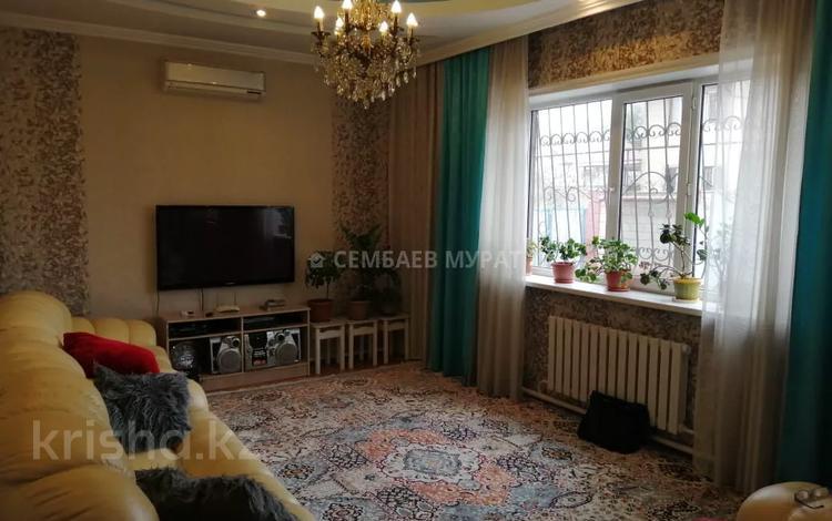6-комнатный дом, 181 м², 5 сот., мкр Алгабас за 38 млн 〒 в Алматы, Алатауский р-н