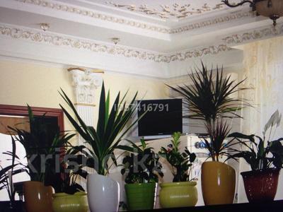 8-комнатный дом, 550 м², 6.5 сот., Досмухамедулы 86 — Мкр Чубары, Халела Досмухамедулы за 170 млн 〒 в Нур-Султане (Астана), Есиль р-н — фото 31