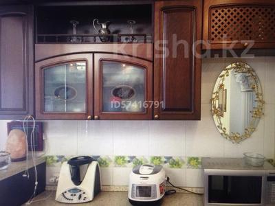 8-комнатный дом, 550 м², 6.5 сот., Досмухамедулы 86 — Мкр Чубары, Халела Досмухамедулы за 170 млн 〒 в Нур-Султане (Астана), Есиль р-н — фото 34