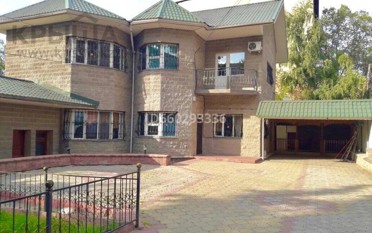 7-комнатный дом, 220 м², 7 сот., мкр Коктем-1 — Бухар Жырау за 199 млн 〒 в Алматы, Бостандыкский р-н
