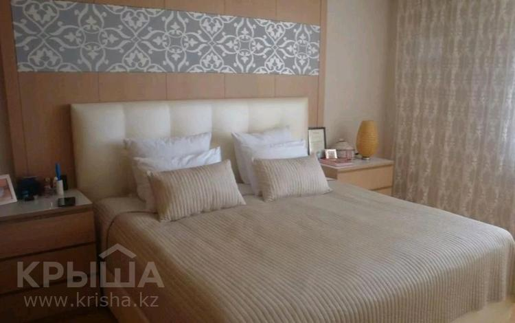 3-комнатная квартира, 100 м², 5/25 этаж помесячно, Байтурсынова 1 за 280 000 〒 в Нур-Султане (Астана), Алматы р-н