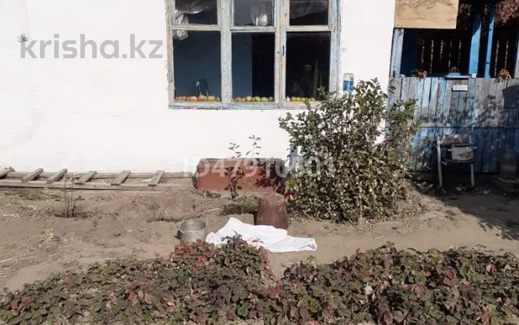 Дача с участком в 12 сот., Поселок Бобровка за 2.5 млн 〒