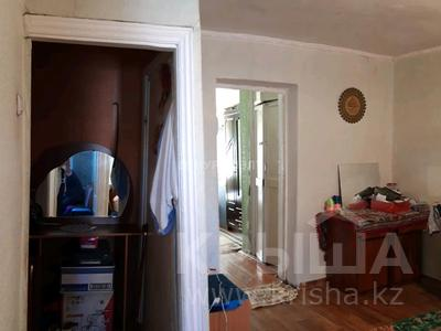 2-комнатная квартира, 42 м², 3/5 этаж, улица Кабанбай батыра за 13.5 млн 〒 в Семее