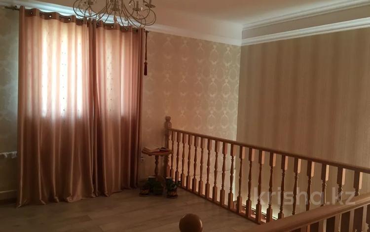 8-комнатный дом, 294 м², 10 сот., Уркер 201 за 66 млн 〒 в Нур-Султане (Астана), Есиль р-н