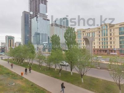4-комнатная квартира, 96 м², 2/9 этаж, Сыганак за 29.7 млн 〒 в Нур-Султане (Астана), Есиль р-н — фото 26