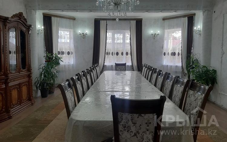 5-комнатный дом, 223 м², 10 сот., 4-пер. Абишева — М. Коктем за 45 млн 〒 в Таразе