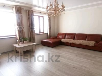 5-комнатный дом, 171 м², 10 сот., мкр Михайловка за 43 млн 〒 в Караганде, Казыбек би р-н