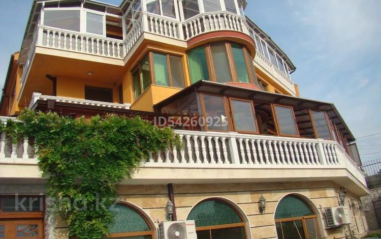 19-комнатный дом, 803 м², ул. 8, местность Траката за 280.5 млн 〒 в Варне
