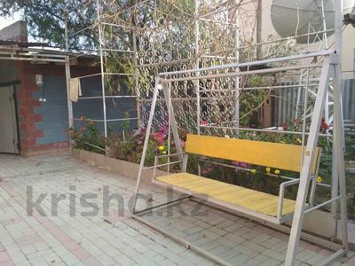 11-комнатный дом, 390 м², 20 сот., Калинина за 50 млн 〒 в Таразе — фото 2