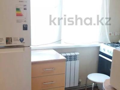 2-комнатная квартира, 48 м², 4/5 этаж посуточно, Туркестанская 2/5 — Байтурсынова за 8 000 〒 в Шымкенте — фото 8