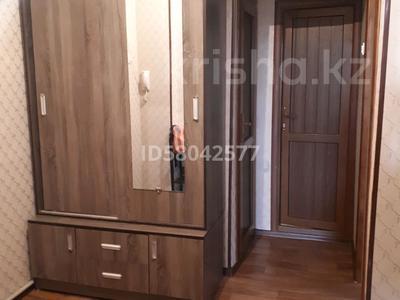 2-комнатная квартира, 65 м², 4/5 этаж помесячно, мкр Восток , Жибек жолы 56 — Рыскулова за 80 000 〒 в Шымкенте, Енбекшинский р-н