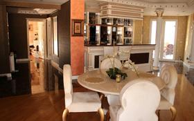 6-комнатная квартира, 299 м², 9/9 этаж, улица 3 3 за 600 млн 〒 в Анталье