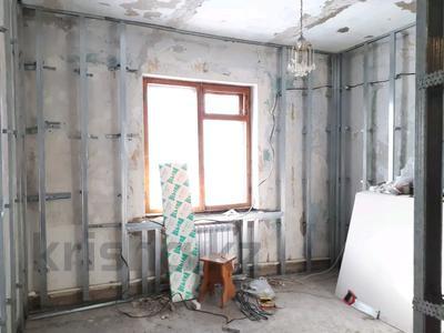 4-комнатный дом, 88 м², 4 сот., Писарева 54 за 16.9 млн 〒 в Караганде, Казыбек би р-н — фото 2