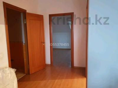 4-комнатная квартира, 163 м², 3/3 этаж, Жалаири 7 за 65 млн 〒 в Нур-Султане (Астана), Алматы р-н — фото 3