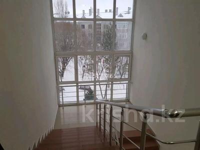 4-комнатная квартира, 163 м², 3/3 этаж, Жалаири 7 за 65 млн 〒 в Нур-Султане (Астана), Алматы р-н — фото 7