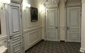 4-комнатная квартира, 150 м², 3/4 этаж, Сатпаева 316 — Ломова за 105 млн 〒 в Павлодаре