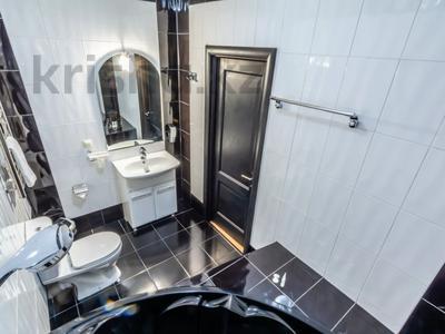 3-комнатная квартира, 170 м², 14/30 этаж посуточно, Аль-Фараби 7 — Козыбаева за 35 000 〒 в Алматы — фото 19