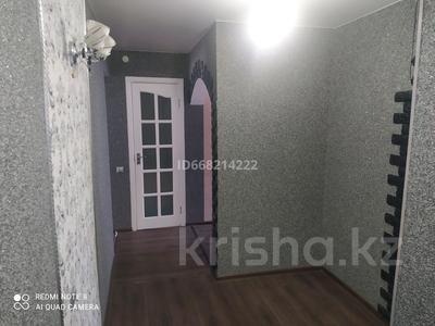 2-комнатная квартира, 48 м², 3/5 этаж, Ауэзова 40 за 9.5 млн 〒 в Текели
