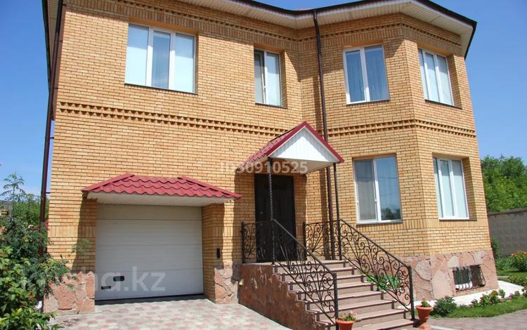 6-комнатный дом, 330 м², 8.2 сот., Естая 32 — Астана за 115 млн 〒 в Павлодаре