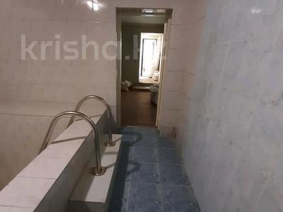 6-комнатный дом, 200 м², 6.36 сот., Сеченова — Гагарина за 65 млн 〒 в Алматы, Бостандыкский р-н — фото 25