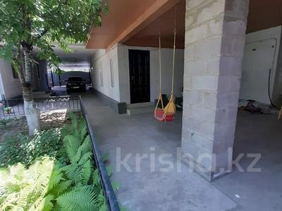 6-комнатный дом, 200 м², 6.36 сот., Сеченова — Гагарина за 65 млн 〒 в Алматы, Бостандыкский р-н — фото 27