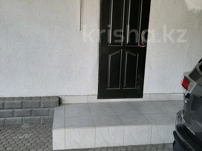 6-комнатный дом, 200 м², 6.36 сот., Сеченова — Гагарина за 65 млн 〒 в Алматы, Бостандыкский р-н — фото 4