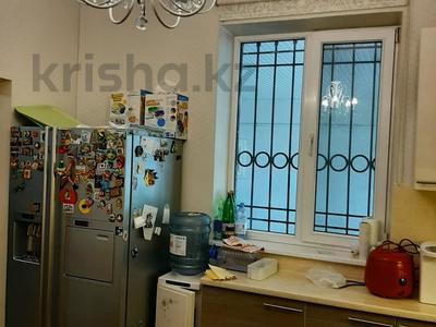 6-комнатный дом, 200 м², 6.36 сот., Сеченова — Гагарина за 65 млн 〒 в Алматы, Бостандыкский р-н — фото 7