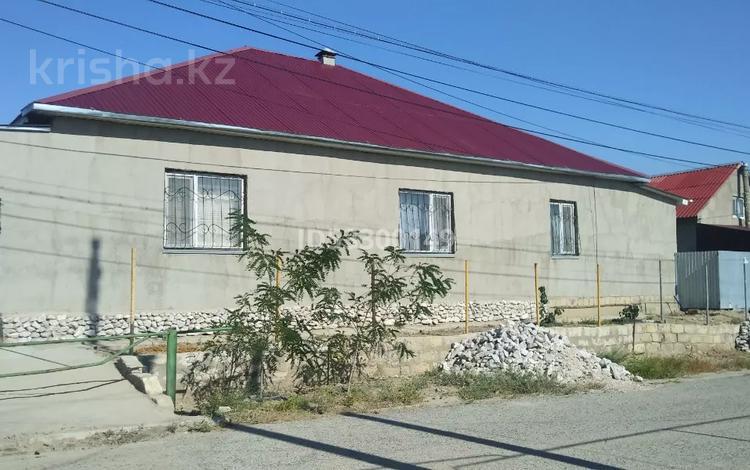 3-комнатный дом, 184 м², 10 сот., Химпоселок 10 за 25 млн 〒 в Атырау, Химпоселок