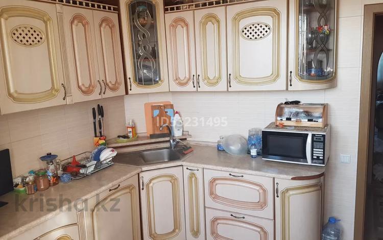 4-комнатная квартира, 98 м², 9/9 этаж, мкр Жетысу-1, Абая 35 — Момышулы за 35.7 млн 〒 в Алматы, Ауэзовский р-н