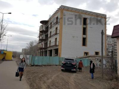 Здание, площадью 2250 м², Ломоносова 29 — Докучаева за 170 млн 〒 в Семее