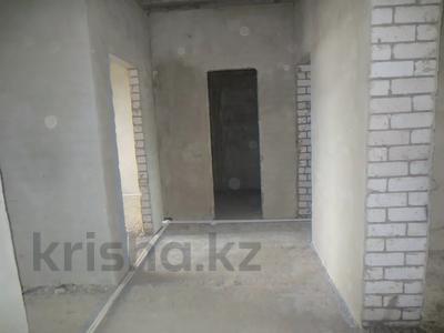 3-комнатная квартира, 93 м², 3/5 этаж, Батыс 2 за 16.2 млн 〒 в Актобе, мкр. Батыс-2 — фото 2