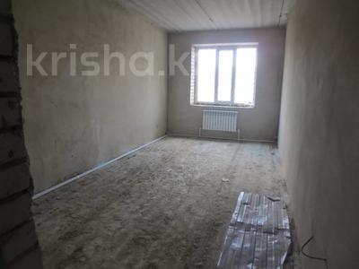 3-комнатная квартира, 93 м², 3/5 этаж, Батыс 2 за 16.2 млн 〒 в Актобе, мкр. Батыс-2 — фото 4