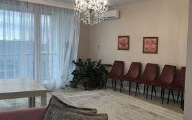 10-комнатная квартира, 500 м², 8/9 этаж, Шарля де Голля 11 за 370 млн 〒 в Нур-Султане (Астане), Алматы р-н