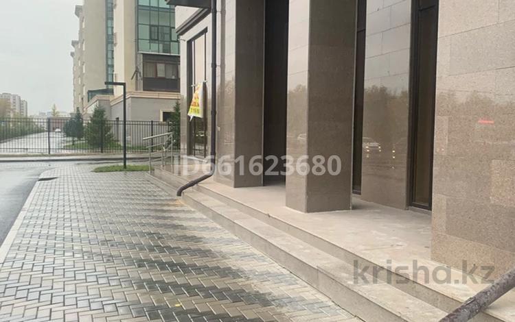 Помещение площадью 237 м², Керей-Жаібек хандар — Әлихан Бөкейхан за 1 млн 〒 в Нур-Султане (Астана), Есиль р-н