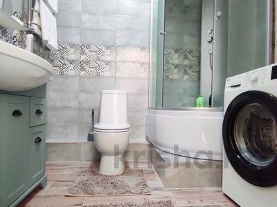 1-комнатная квартира, 45 м², 14/14 этаж посуточно, Манаса 109а за 17 000 〒 в Алматы