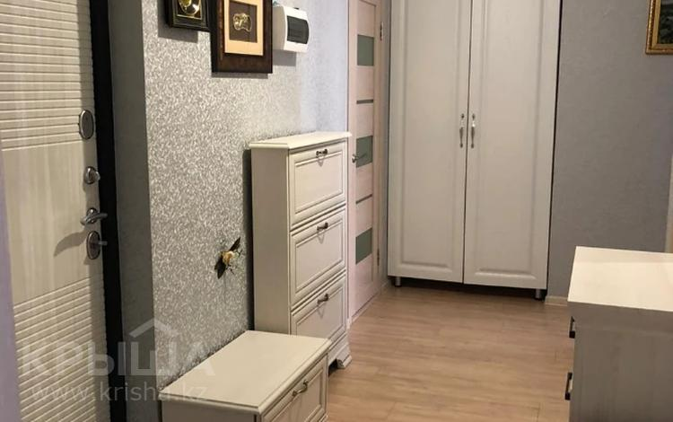 3-комнатная квартира, 75 м², 5/14 этаж, мкр Акбулак, 1-я улица за 34.5 млн 〒 в Алматы, Алатауский р-н